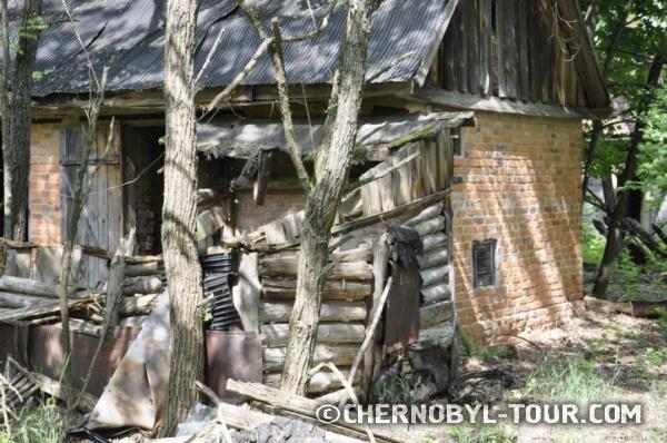 Дом в эвакуированном селе